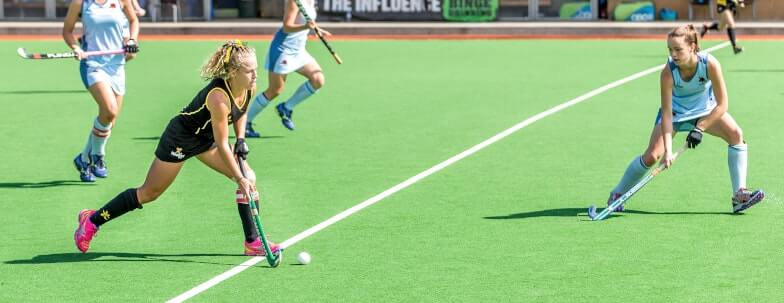 How Do You Dribble in Field Hockey?