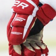 The Best Hockey Gloves For Youth Players. What To Consider?